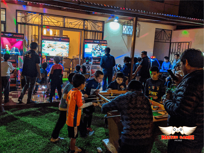 Fiesta con videojuegos Master Games Perú - Zeo Commerce